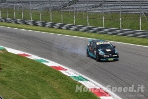 Clio 1.6 Turbo Cup Monza 2021 (8)